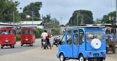 Des voiturettes solaires pour remplacer les taxis-brousse en Côte d'Ivoire
