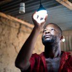 GHANA : LE GOUVERNEMENT PROLONGE LA GRATUITÉ DE L'ÉLECTRICITÉ JUSQU'À LA FIN DE L'ANNÉE