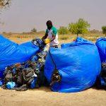 AU BURKINA FASO, LE SYSTÈME D DES HABITANTS POUR LUTTER CONTRE LE FLÉAU DES DÉCHETS PLASTIQUES